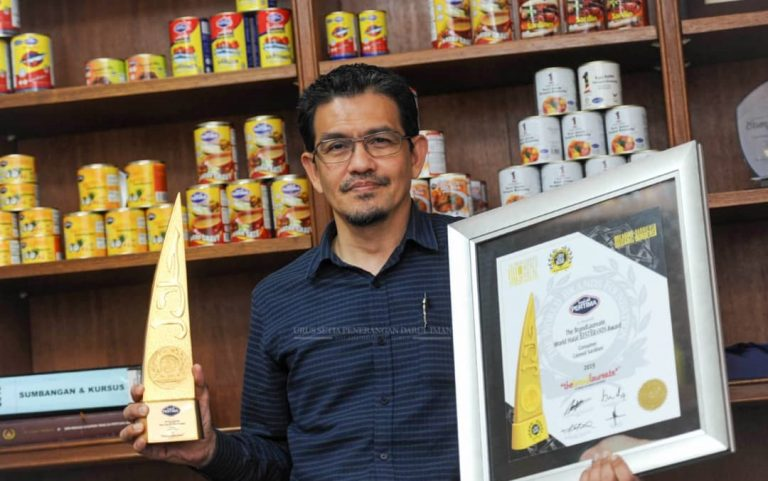 PERTIMA Raih Anugerah 'The Brandlaureate World Halal BestBrands Award Consumer Canned Sardines'